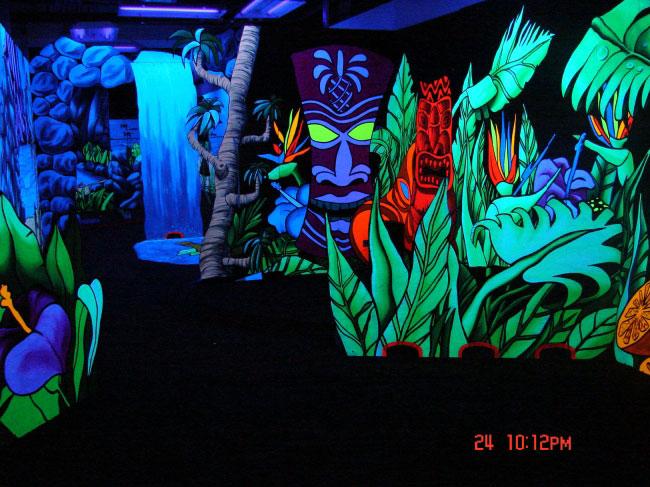 Blacklight mini golf at waikiki shopping center tropical theme