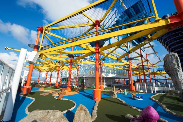 Cruise lines mini golf and ropes course