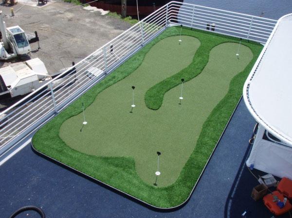Cruise lines mini golf putting green